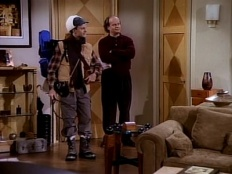 Frasier 02x20 : Breaking the Ice- Seriesaddict